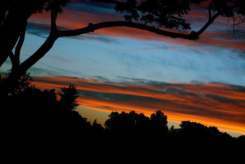 Blue_orange_yellow_sky