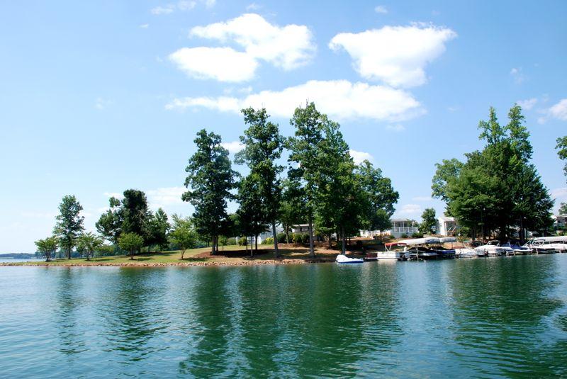 Belews_Lake