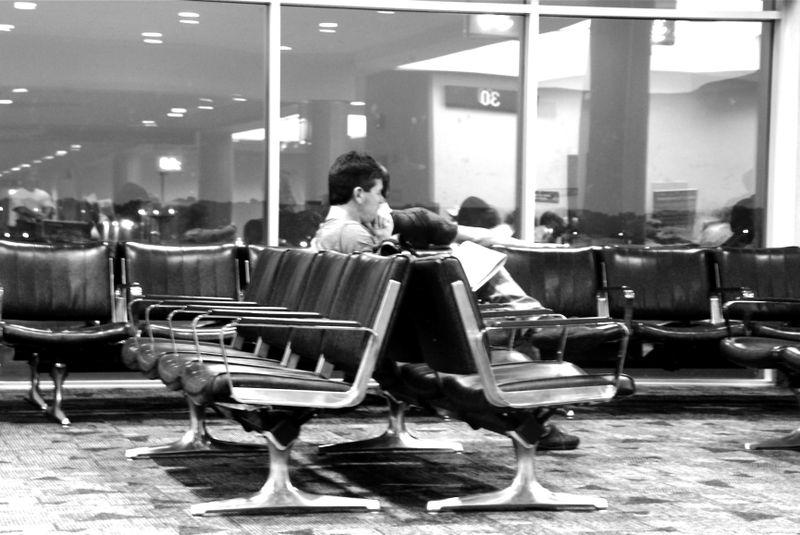 Airport_mono