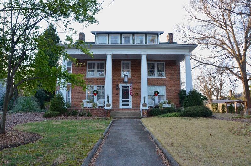 Troy Bumpas House