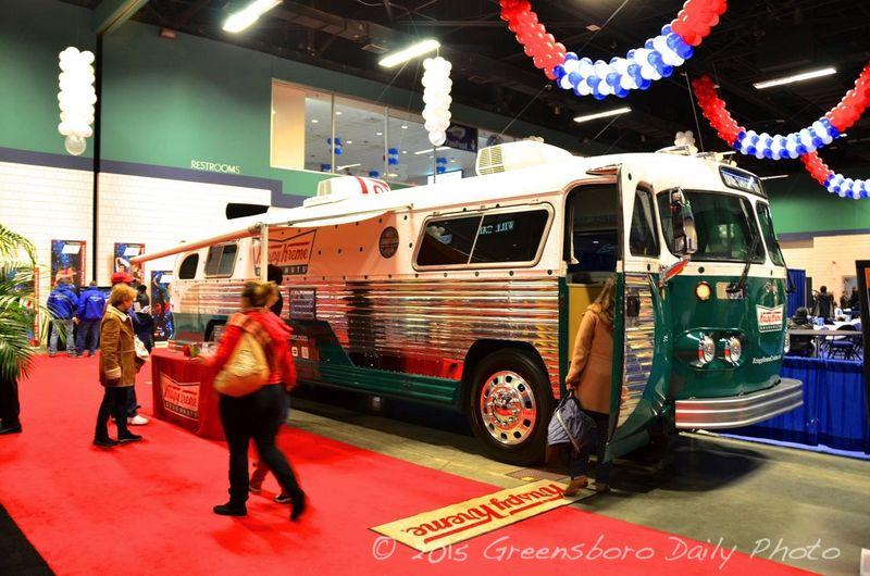 Krispy Kreme Bus-1