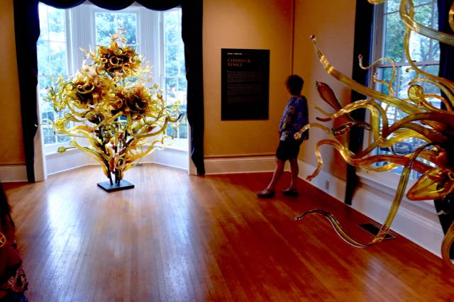 CHIHULY - 1