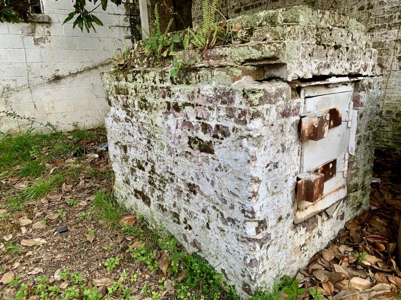 Dynamite vault